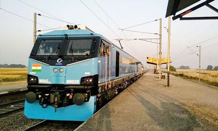 Indian Railways get state-of-the-art Alstom 12,000 BHP locomotives ...