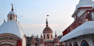 After 3 months, Bengal's famous Tarapith temple welcomes devotees