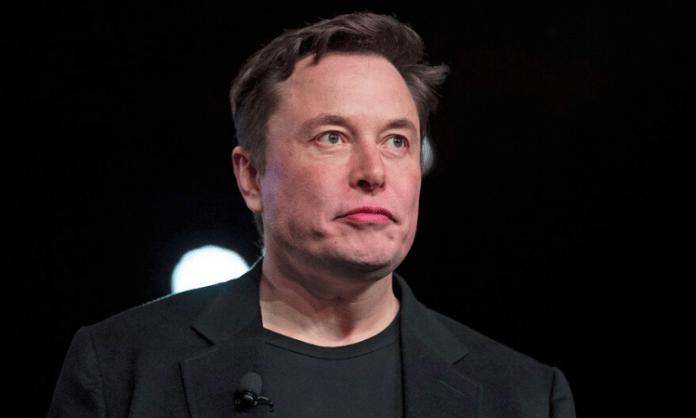 Musk calls Bezos a 'copycat' over Zoox acquisition