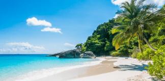 UK Health Secretary warns to close beaches