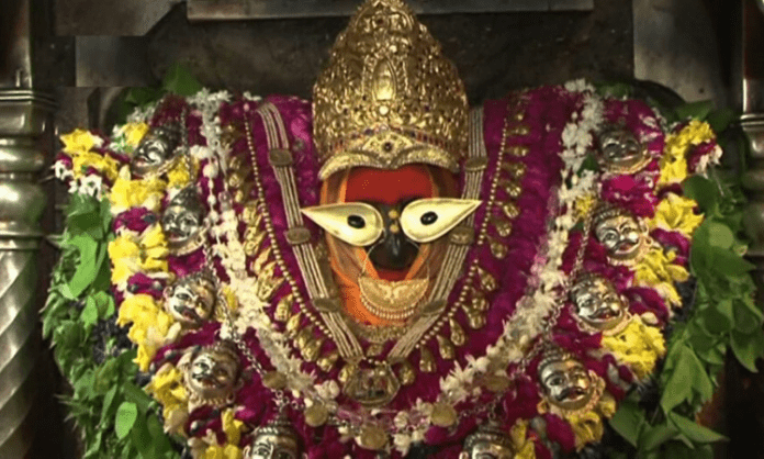 Vindhyachal temple reopens after 100 days