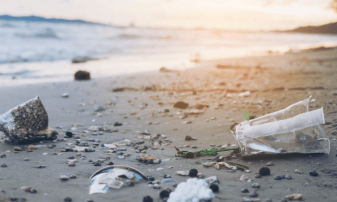 Plastic in the ocian