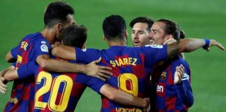 Barcelona kept their faint title hopes alive