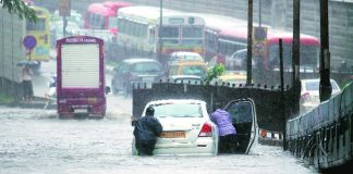 Heavy rains in Mumbai led to two building collapse