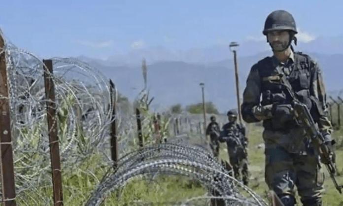India, Pak trade heavy fire on LoC
